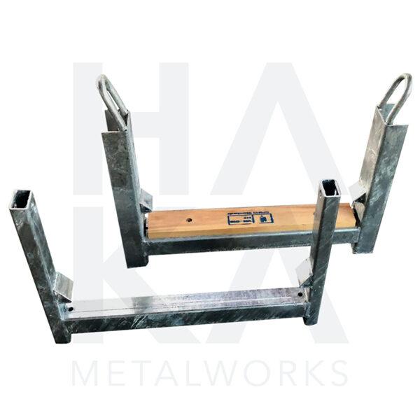 Scaffolding tube holder